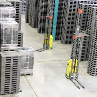 Automated Guided Vehicle - Distribution & Warehouses